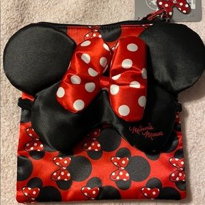 minnie mouse pouch and sleep mask set